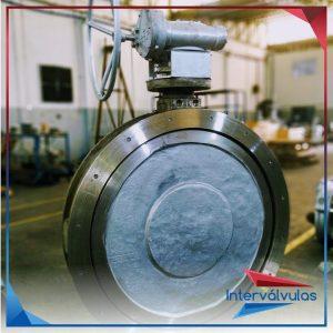 Válvula bi-excêntrica 48″ fornecido com corpo e disco em aço inox fundido CF8 6